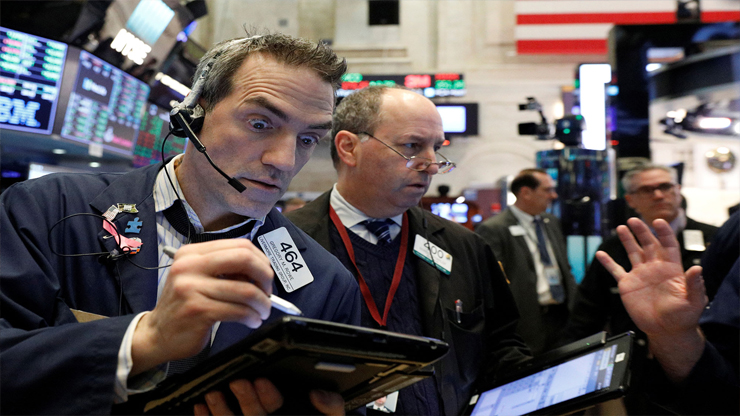 Dow rallies more than 350 points after 'Goldilocks' jobs report - Dow rallies more than 350 points after 'Goldilocks' jobs report
